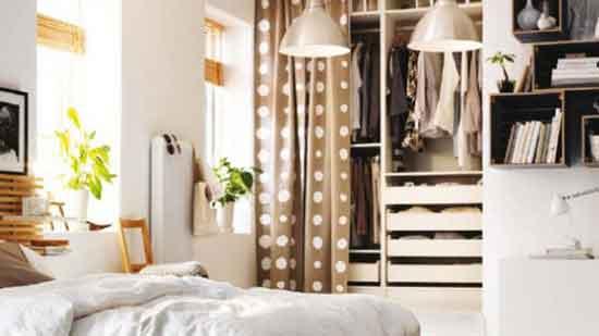 更衣室窗簾|聰明的女主人把衣櫃門片都換成窗簾了